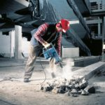 Bosch Chipper GSH11e action2